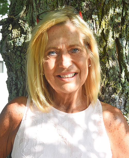 karen olah portrait